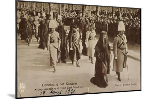 Beisetzung Der Kaiserin, Prinz Eitel Friedrich--Mounted Giclee Print