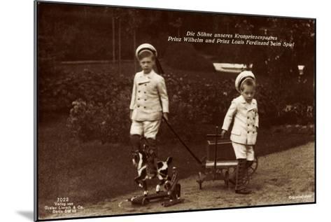 Prinz Wilhelm Und Louis Ferdinand Beim Spiel, 7023--Mounted Giclee Print