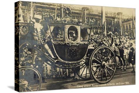 Einzug Der Kronprinzessin in Berlin 1905, Kutsche--Stretched Canvas Print
