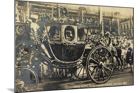 Einzug Der Kronprinzessin in Berlin 1905, Kutsche--Mounted Giclee Print