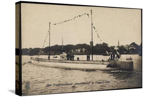 Das Frachttauchboot Deutschland in Flaggen Gala--Stretched Canvas Print