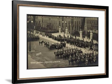 Berlin, Schloss,Empfang Von K?nig Alfons Von Spanien--Framed Art Print