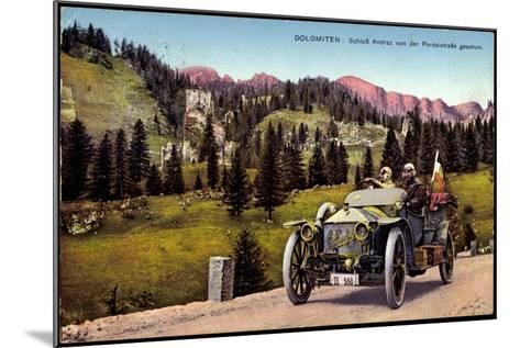 Dolomiten Veneto, Schloss Andraz, Pordoistraße, Auto--Mounted Giclee Print