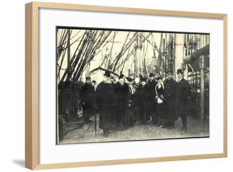 Visite Du Smet De Naeyer, Seeleute Belgien--Framed Art Print