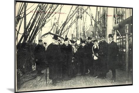 Visite Du Smet De Naeyer, Seeleute Belgien--Mounted Giclee Print