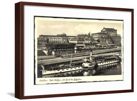 Dresden, Dampfer Pillnitz, Ital. Dörfchen, Café--Framed Art Print
