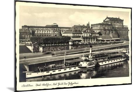 Dresden, Dampfer Pillnitz, Ital. Dörfchen, Café--Mounted Giclee Print