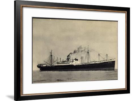 Hapag, S.S. Duivendijk, Dampfschiff, Rauch--Framed Art Print