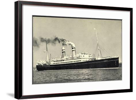 Hapag, Dampfschiff S.S. Volendam Nah Am Ufer--Framed Art Print