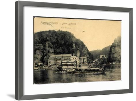 Herrnskretschen Ùstecký Kraj, Dampfer Koenigin Carola--Framed Art Print