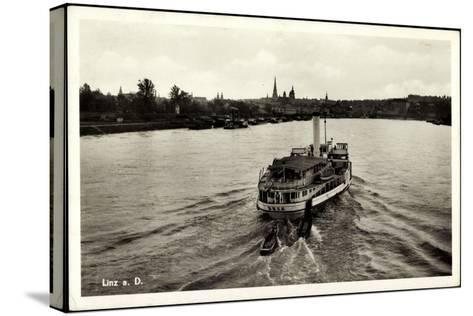 Linz Donau Oberösterreich, Der Dampfer D. D. S. G.--Stretched Canvas Print
