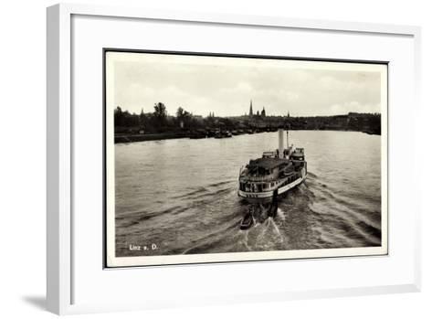 Linz Donau Oberösterreich, Der Dampfer D. D. S. G.--Framed Art Print