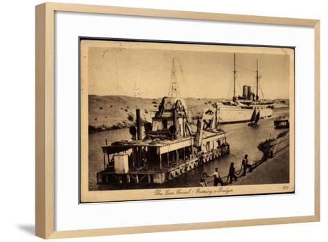 Suez Ägypten, Suez Kanal, Dredger, Dampfschiff--Framed Art Print