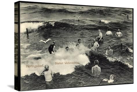 Seebad Heringsdorf, Badegäste Im Meer Bei Starkem Wellenschlag, Möwen--Stretched Canvas Print