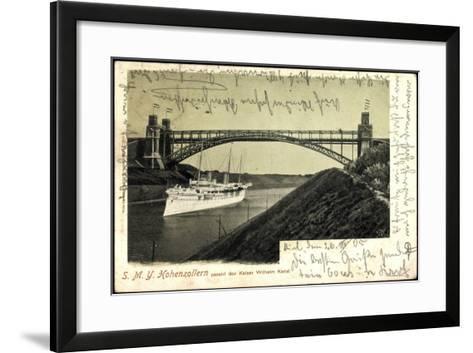 Das Kriegsschiff Smy Hohenzollern Unter Brücke--Framed Art Print