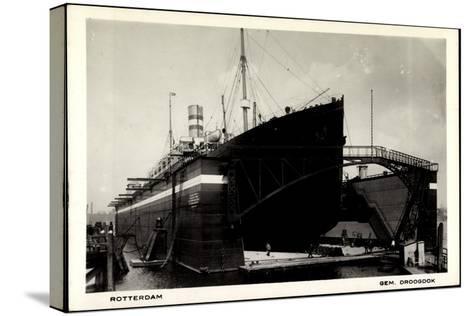 Rotterdam, Dampfschiff in Der Schwimmenden Werft--Stretched Canvas Print