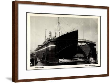 Rotterdam, Dampfschiff in Der Schwimmenden Werft--Framed Art Print