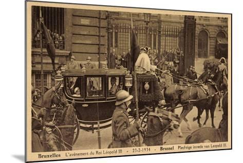 Brüssel, König Leopold Iii, Kutsche, Empfang 1934--Mounted Giclee Print