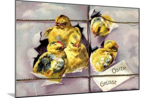 Präge Litho Frohe Ostern, Küken Schlüpfen Aus Paket--Mounted Giclee Print
