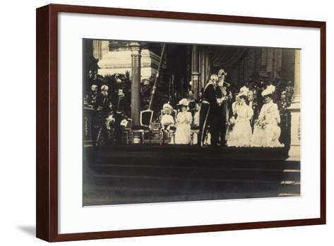 Adel Belgien, Leopold II, Empfang, Damen, Kinder--Framed Art Print