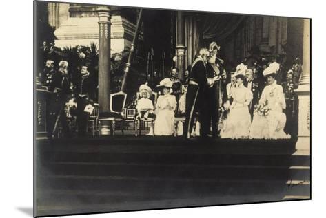 Adel Belgien, Leopold II, Empfang, Damen, Kinder--Mounted Giclee Print