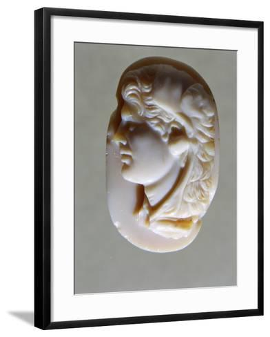 Hellenistic Cameo in Agate with Head of Alexander the Great, 4th-1st Century BC--Framed Art Print
