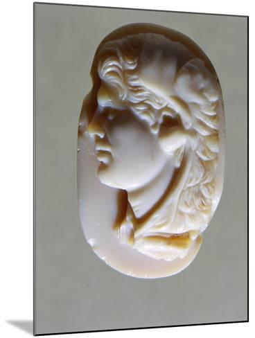Hellenistic Cameo in Agate with Head of Alexander the Great, 4th-1st Century BC--Mounted Giclee Print