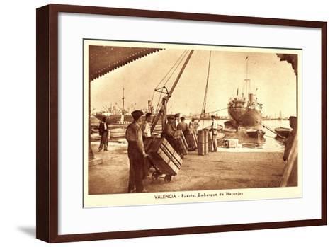 Valencia, Puerto, Embarque De Naranjas, Orangen--Framed Art Print