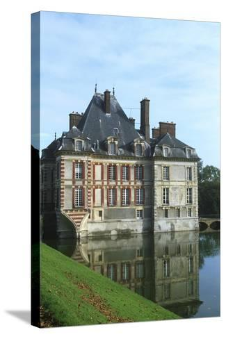 France, Ile-De-France, Ormesson-Sur-Marne, Castle of Ormesson, 16th Century--Stretched Canvas Print
