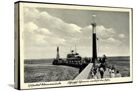 Rostock Warnemünde, Fährschiff, Leuchtturm, Hafen--Stretched Canvas Print