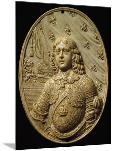 Medallion Depicting Prince, Ivory--Mounted Giclee Print