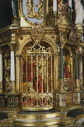 Coral Figurines, Detail from Silver-Gilt Altarpiece with White and Green Jade Crucifix--Stretched Canvas Print