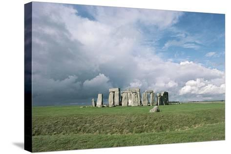 UK, England, Wiltshire County, Stonehenge, Bronze Age Megalithic Monument--Stretched Canvas Print