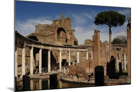 Hadrian's Villa. Maritime Theatre, Italy--Mounted Giclee Print