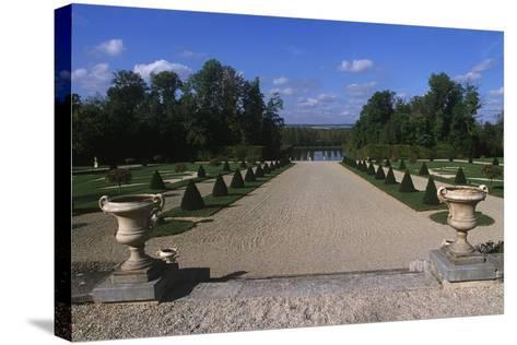France, Champagne-Ardenne, Park at La Motte-Tilly Castle--Stretched Canvas Print