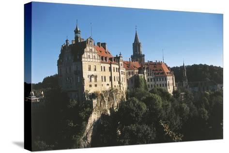 Germany, Baden-Wurttemberg, Sigmaringen, Sigmaringen Castle--Stretched Canvas Print