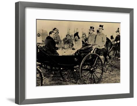 Königin Wilhelmina, Prinzessin Juliana, Kutsche--Framed Art Print