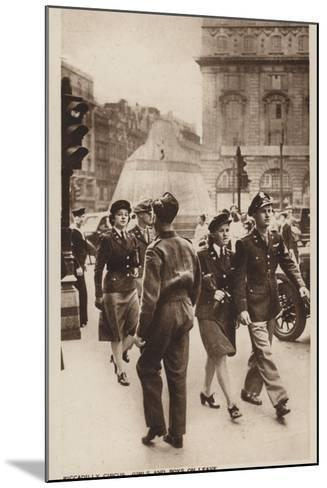 Piccadilly Circus, Girls and Boys on Leave--Mounted Photographic Print