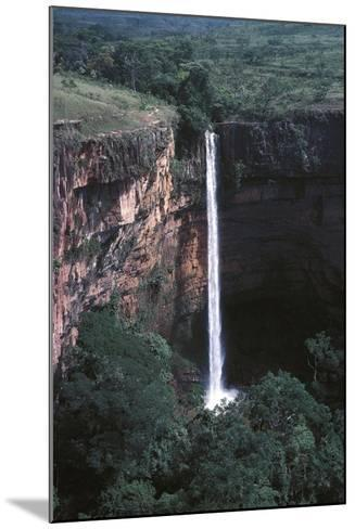 Veu De Noiva Waterfall--Mounted Photographic Print