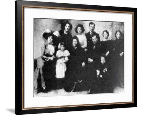 Family of the Artist Marc Chagall, 1890--Framed Art Print