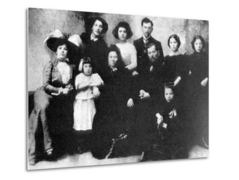 Family of the Artist Marc Chagall, 1890--Metal Print