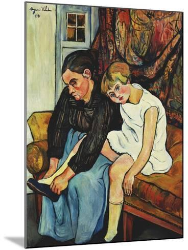 Grandmere Chaussant Une Fillette, 1931-Suzanne Valadon-Mounted Giclee Print