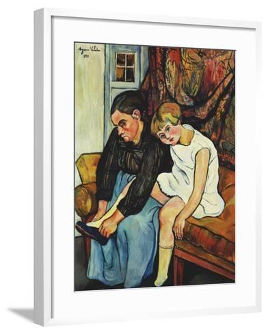 Grandmere Chaussant Une Fillette, 1931-Suzanne Valadon-Framed Art Print
