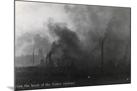 When the Heart of the Potter Rejoices!--Mounted Photographic Print