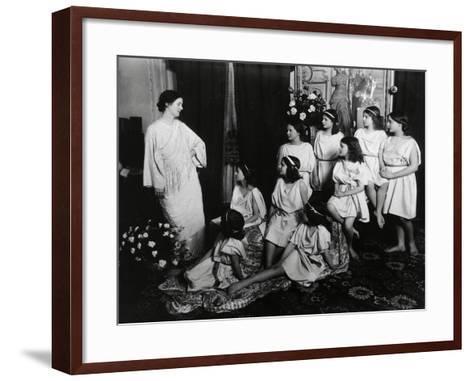 Dancer Isadora Duncan--Framed Art Print