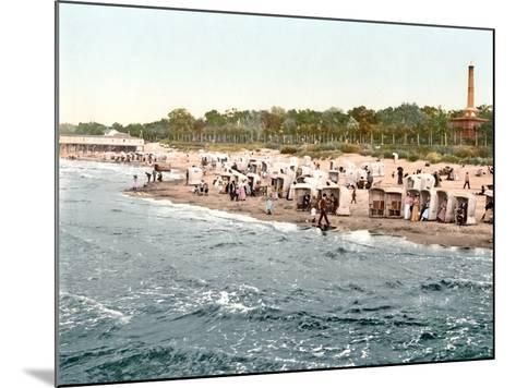 Colberg Beach on the Baltic Sea, 1890-1900--Mounted Photographic Print