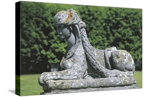 France - ?le-De-France - Palace of Fontainebleau--Stretched Canvas Print