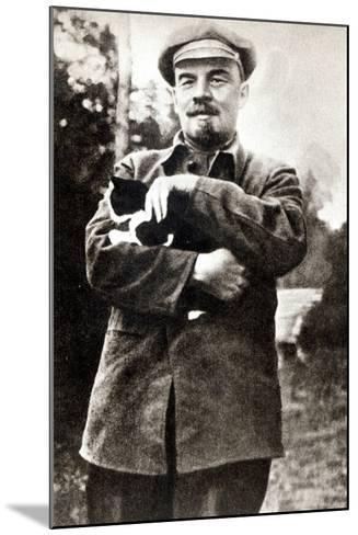 Vladimir Lenin--Mounted Photographic Print