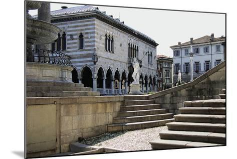 Piazza Liberta, in Centre of Loggia Del Lionello--Mounted Giclee Print