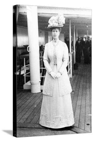Queen Mary on Board the H.M.S. Medina, 1911--Stretched Canvas Print